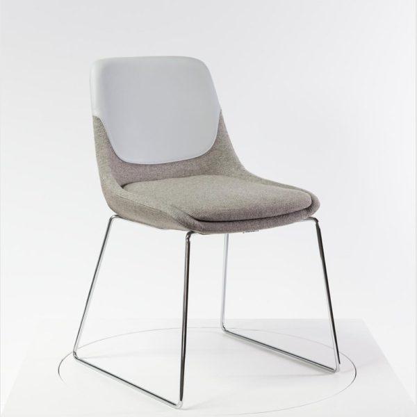 • Brunner crona Polsterstuhl - Sessel mit eingelegtem Sitzkissen für höchsten Komfort und hochwertigen Polsterung mit 70% Schurwolle und Leder Einsatz - mehr von Brunner Produkten bei feco-feederle in Karlsruhe und im Shop