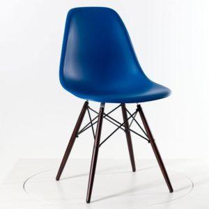 Vitra Eames Plastic Side Chair DSW, neue Höhe marineblau