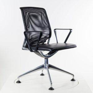 Vitra MedaChair Konferenzstuhl - sofort lieferbar ✓ Sitzbezug Leder schwarz ✓ Rückenbezug Netz schwarz