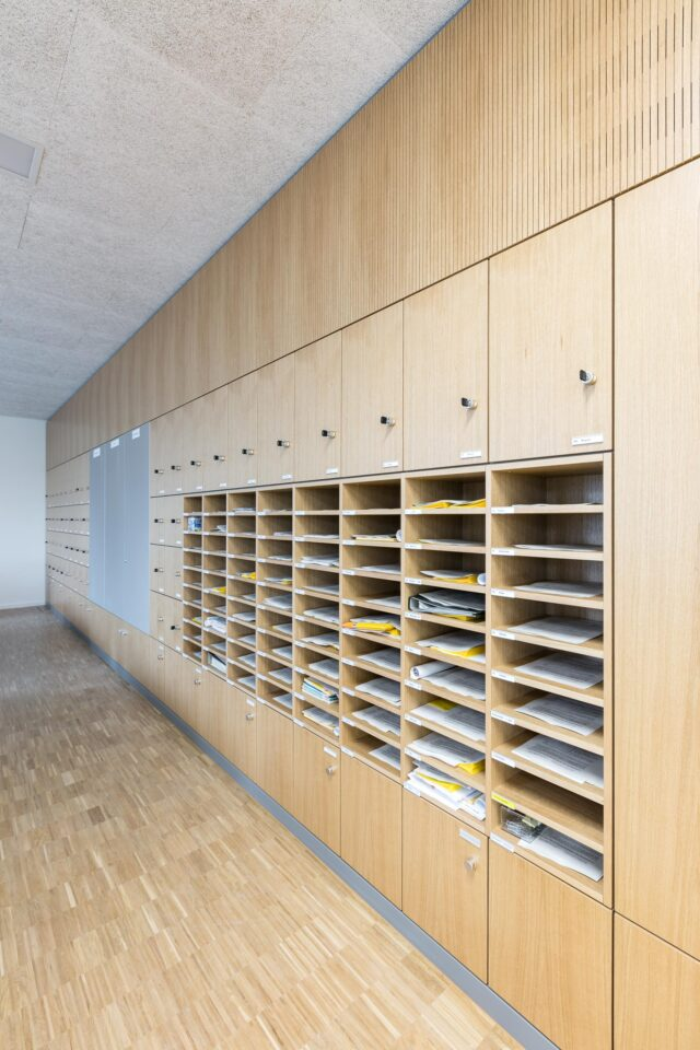 Learning place with feco partition walls   Burg-Gymnasium Schorndorf