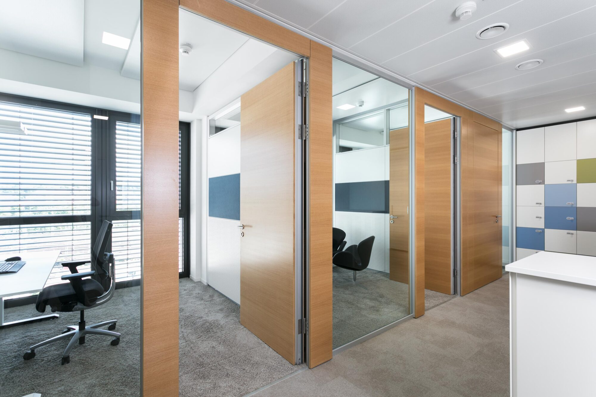 Sustainable with feco partition walls   Europe Plaza Stuttgart