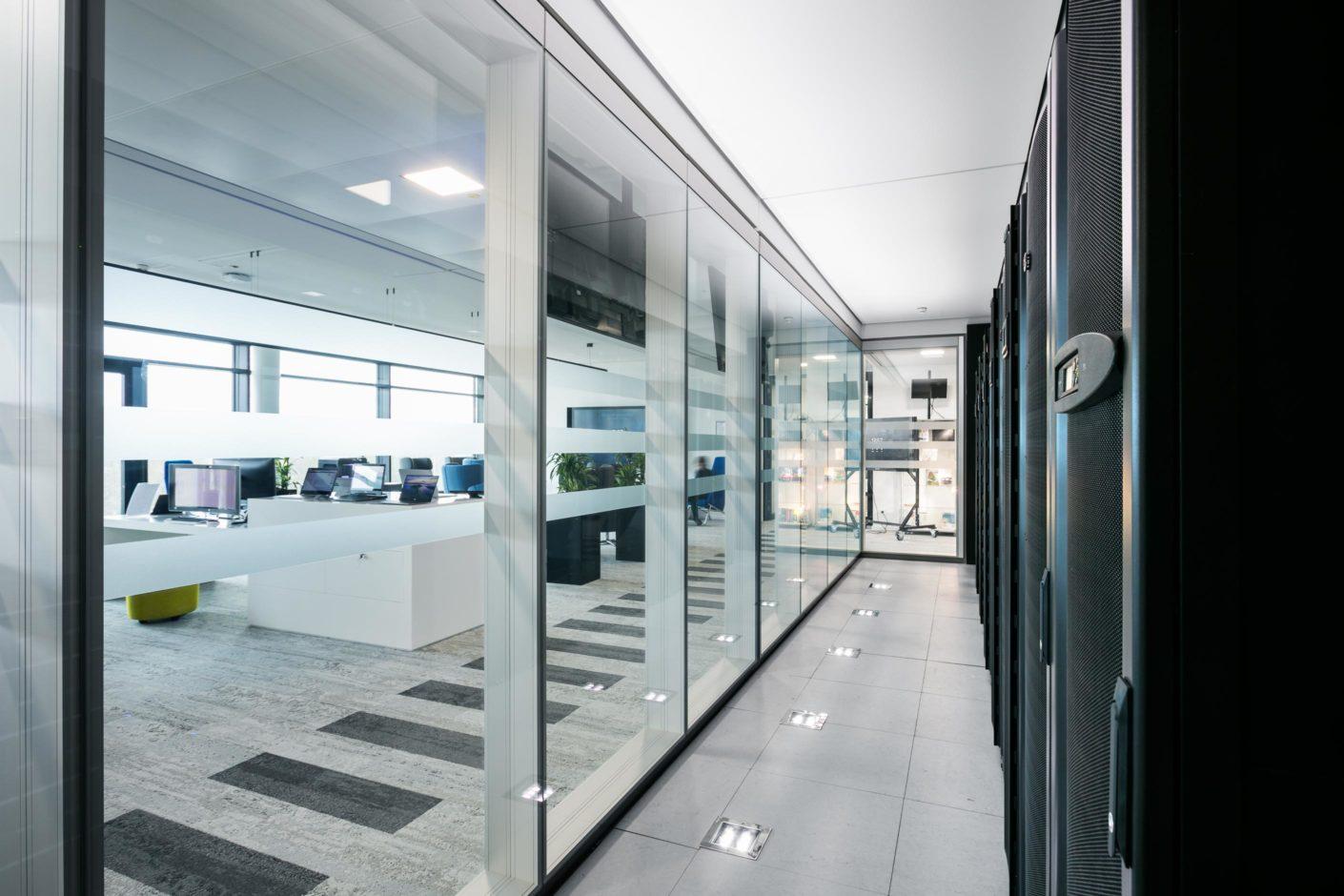 Transparente feco-Systemtrennwand | Microsoft Deutschland-Zentrale