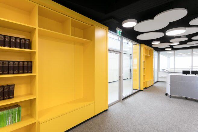 Skylight system walls create atmosphere | Kopernikus-Gymnasium Aalen