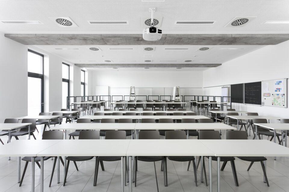 feco-feederle│Trennwandsysteme│Landesfeuerwehrschule Baden-Württemberg
