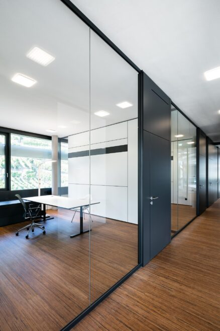 Transparency with feco partition wall systems | Südwestmetall Esslingen