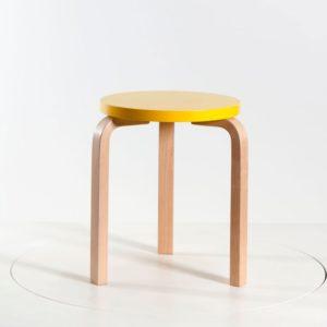 Artek Hocker S60 Sitz lackiert gelb│stapelbar│Artek bei feco Karlsruhe