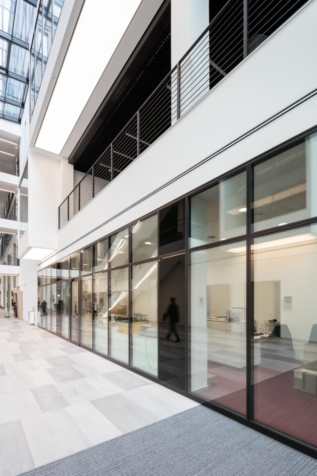 fecofix│feco partitions walls│Frankfurt School of Finance & Management