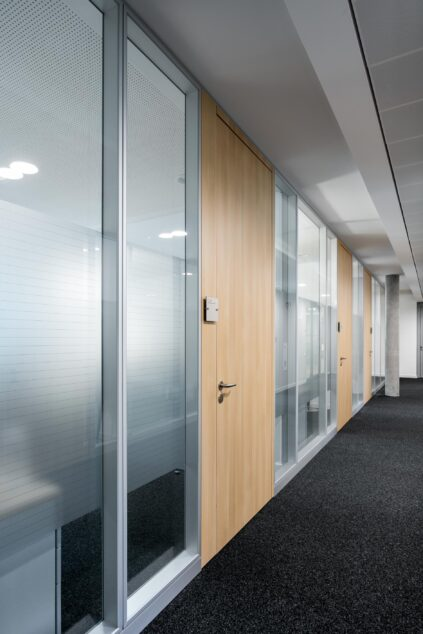 feco-feederle│partition walls│Sparkasse Karlsruhe House C