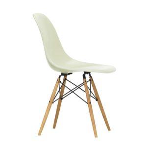 Vitra Fiberglass Side Chair│parchment│Vitra in Karlsruhe