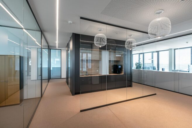 feco-feederle│partition walls│EIZO Rülzheim