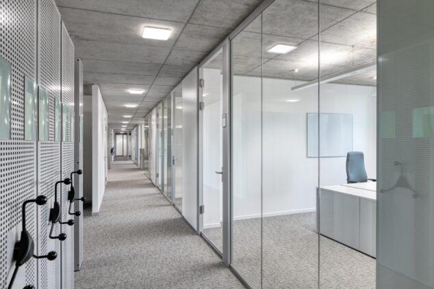 feco-feederle │ Trennwandsysteme │ Finanzamt Karlsruhe
