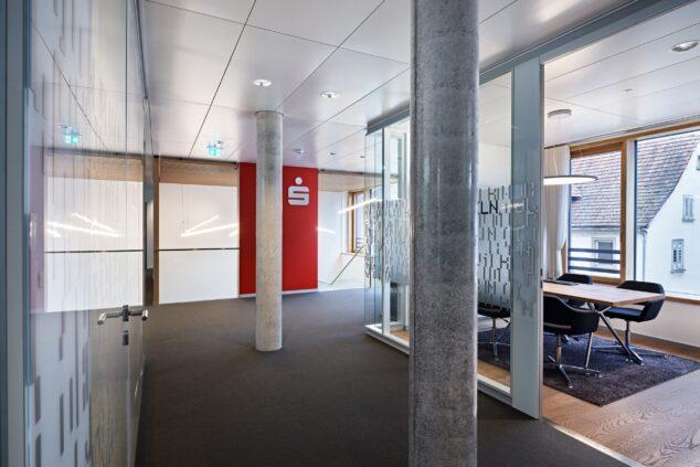 feco-feederle │ Trennwandsysteme │ Sparkasse Hochrhein, Geschäftsstelle Tiengen