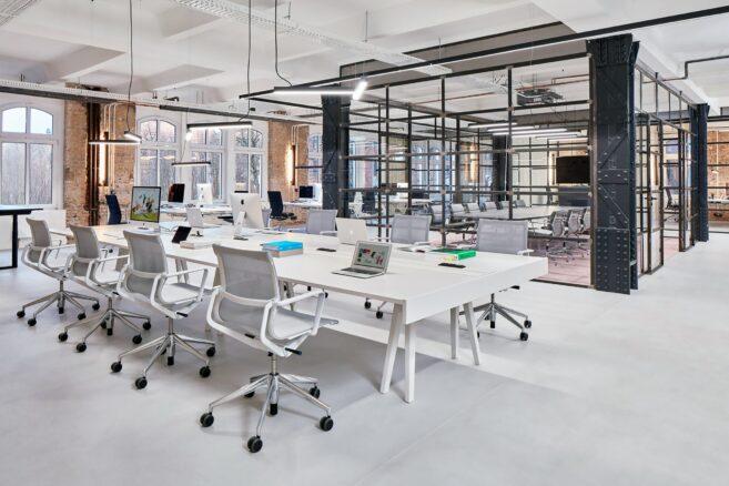 Vitra Team-Arbeitsplätze │ Vitra Büroeinrichtung bei feco in Karlsruhe