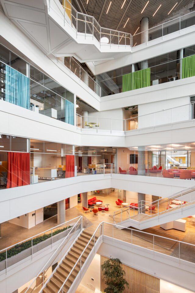 Harvard University Science and Engineering Complex - Atrium